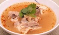 トム・セーブ(骨付き鶏の田舎風スープ)